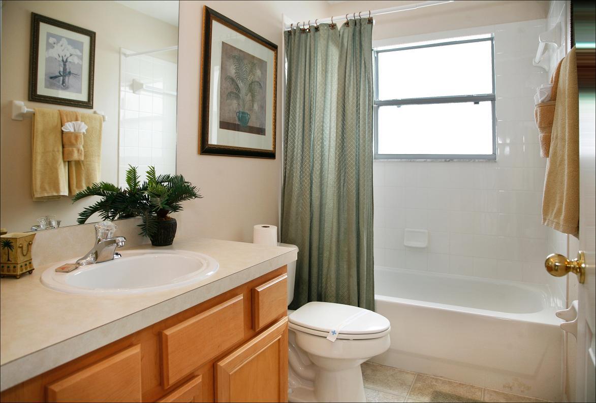 Master bathroom 3 Upstairs
