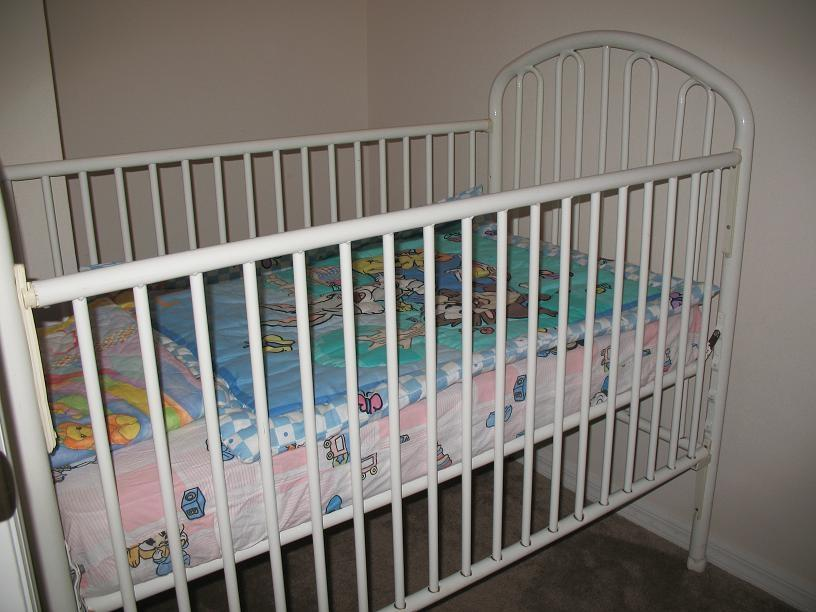 Crib for the little one