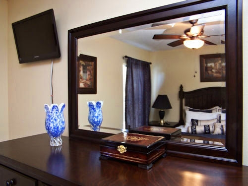 Queen bedroom dressor & TV