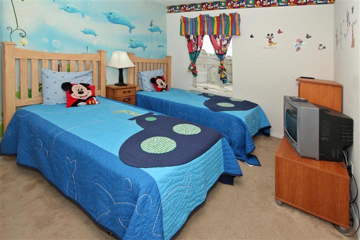 Upstair(left side) Kid's Bedroom