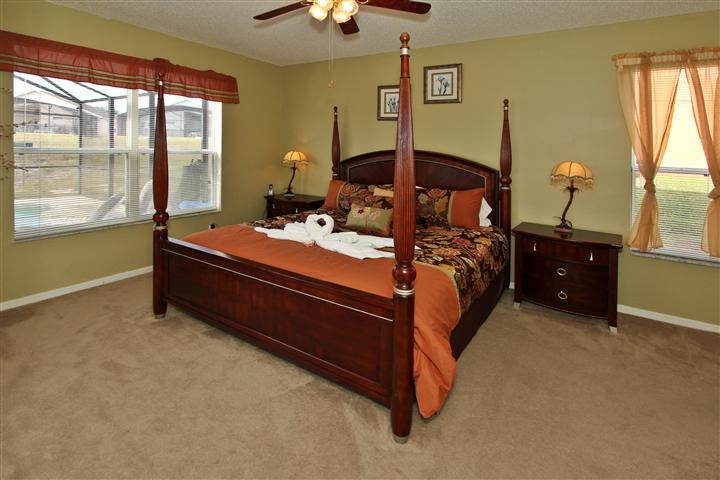 Downstair King Master en- Suite